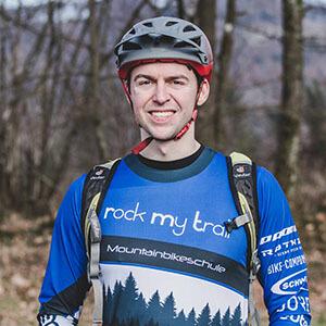 Rock my Trail Bikeschule Fahrtechnik Trainer_ Benjamin Lange