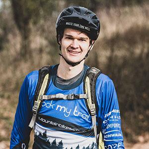 Rock my Trail Bikeschule Fahrtechnik Trainer_ Cornelius Schreck