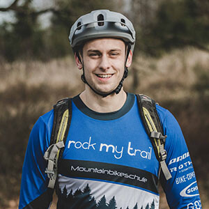 Rock my Trail Bikeschule Fahrtechnik Trainer_ Felix Schmidt