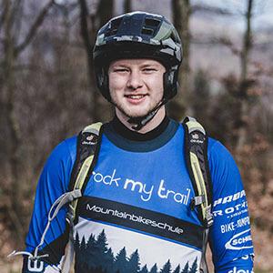 Rock my Trail Bikeschule Fahrtechnik Trainer_ Luca Schmidt