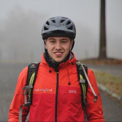 Rock my Trail Bikeschule Fahrtechnik Trainer_ Lukas Czaschke