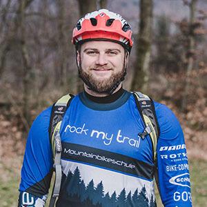 Rock my Trail Bikeschule Fahrtechnik Trainer_ Mike Schubert