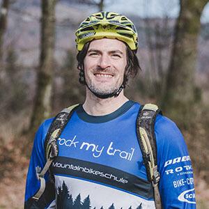 Rock my Trail Bikeschule Fahrtechnik Trainer_ Normen Jaeb Wenge
