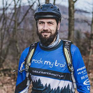 Rock my Trail Bikeschule Fahrtechnik Trainer_ Ole Schüller