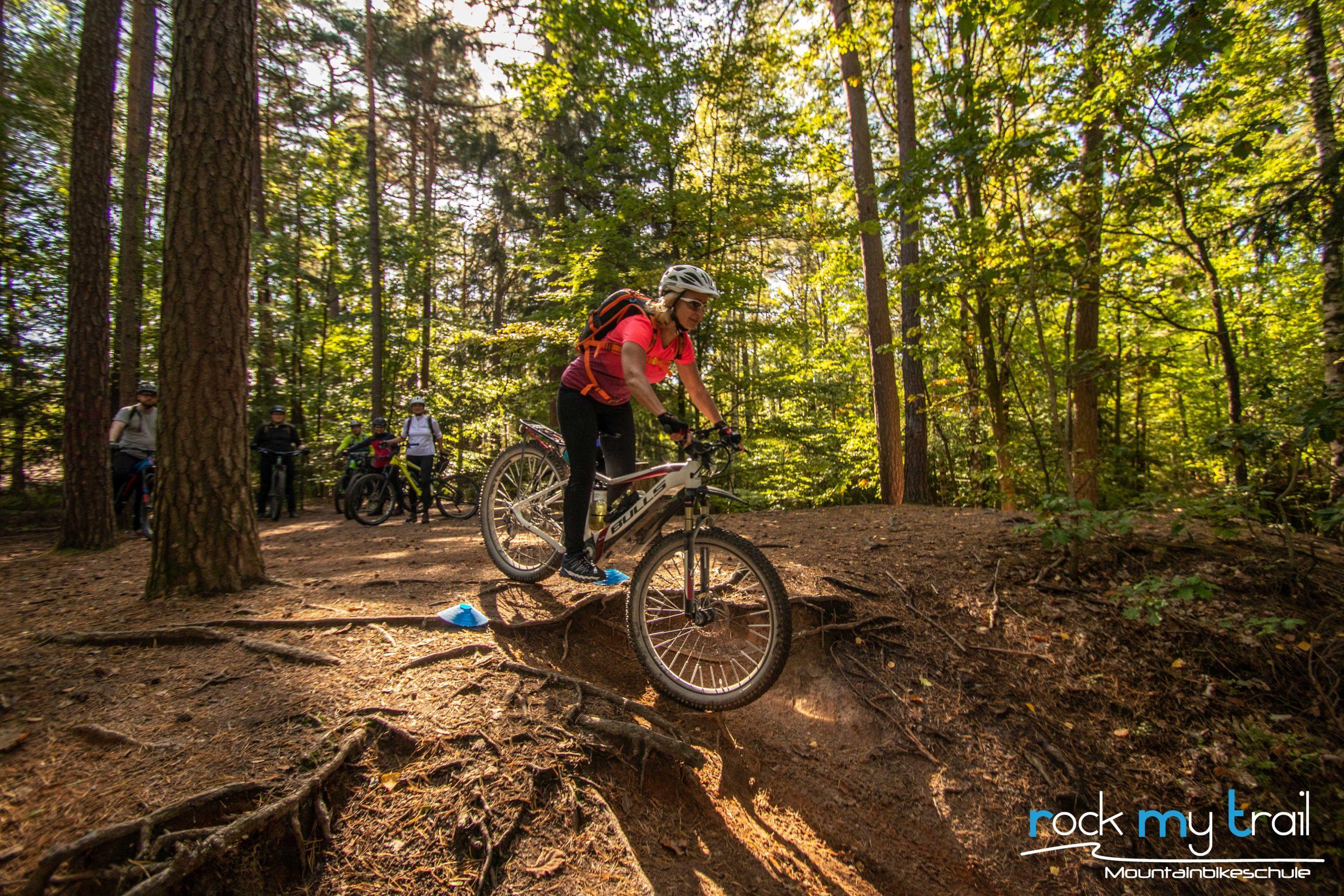 eMTB Basic Fahrtechnik Kurs Rock my Trail Bikeschule