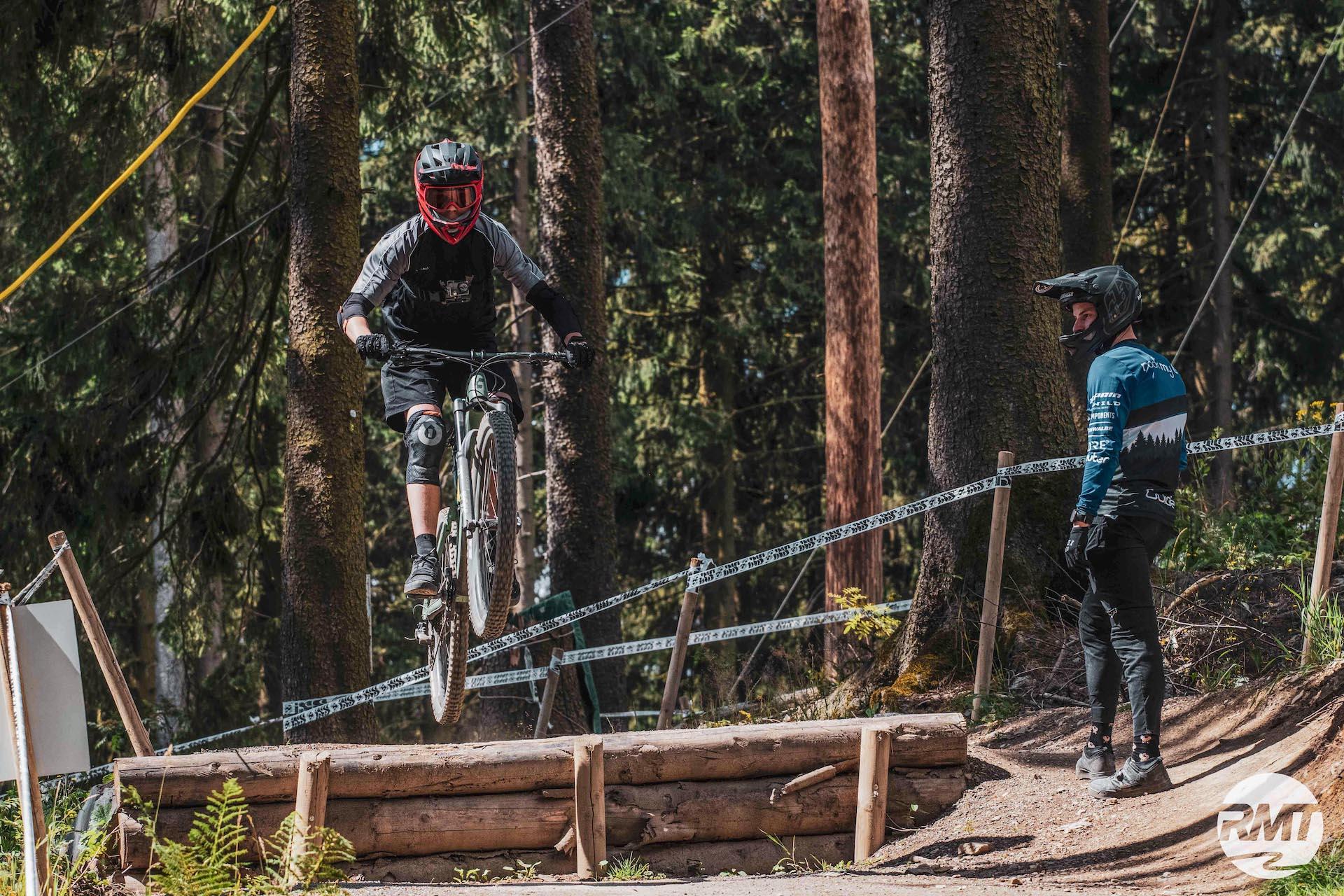 Bikepark Fahrtechnik Basics+ Kurs Training