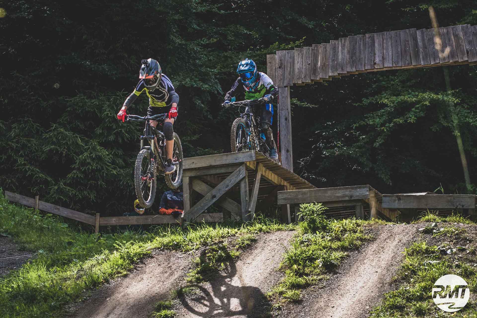 Bikepark Kinder Fortgeschritten Kurs Bikeschule Rock my Trail