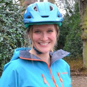 Rock my Trail Bikeschule Fahrtechnik Trainer_Julia Spannenkrebs