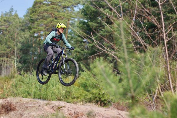 Gutschein für Fahrtechnik Experten Kurse - MTB + eBike Fahrtechnik Training - Rock my Trail Bikeschule