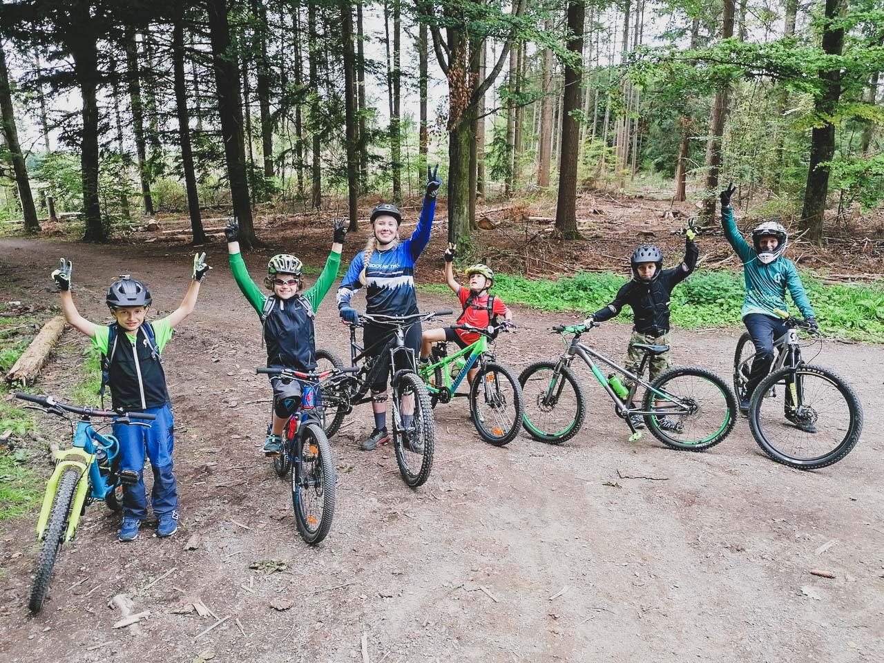 Mountainbike Kinder Kurs in Nürnberg Franken Bayern - 8-12 Jahre Kids - Rock my Trail Fahrtechnik Bikeschule