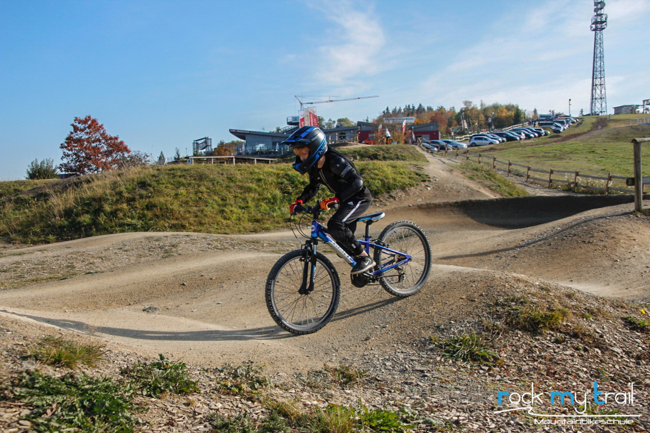 Bikepark Basics+ Fahrtechnik Kurs Samerberg - Fahrtechnik Training - Rock my Trail Bikeschule 19