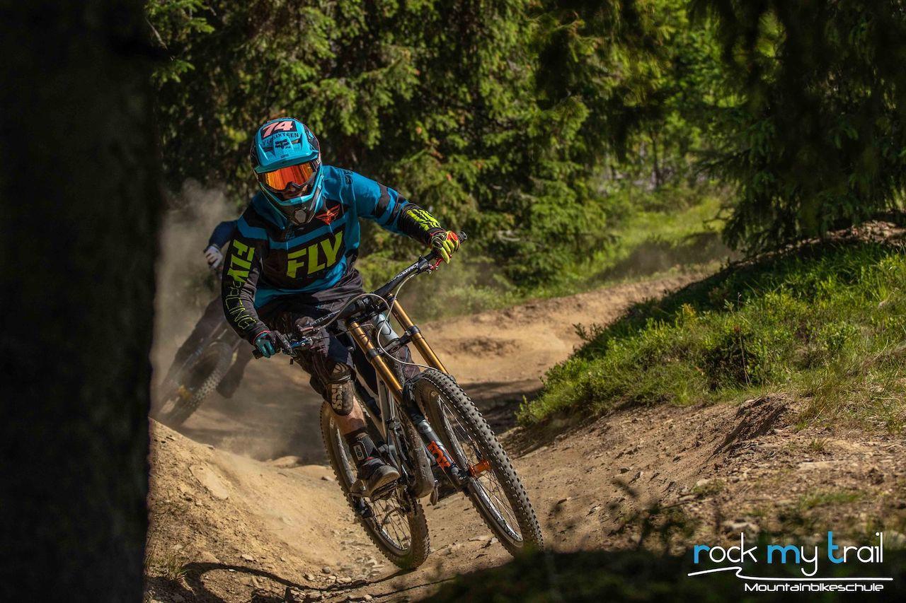 Bikepark Fortgeschritten Fahrtechnik Kurs in Winterberg Sauerland Training