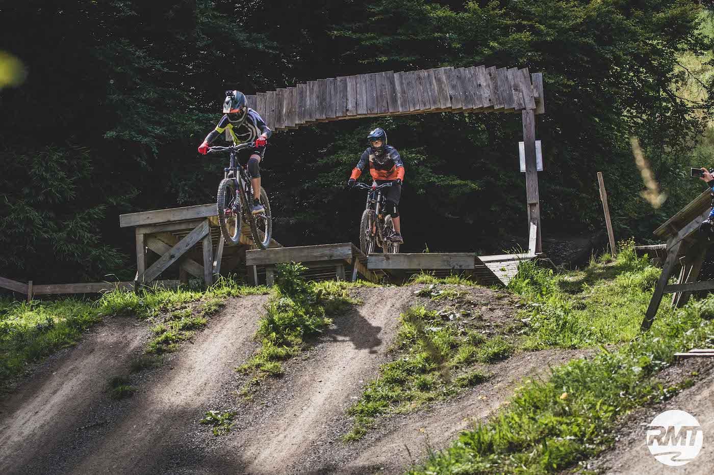 Bikepark Winterberg Kinder Kurs Fahrtechnik Basic Training 8-12 Jahre - Rock my Trail Bikeschule 10