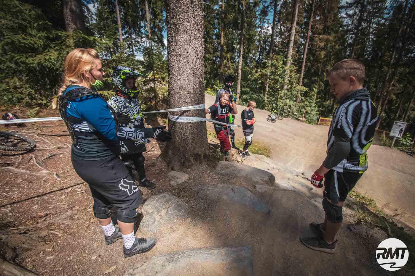 Bikepark Winterberg Kinder Kurs Fahrtechnik Basic Training 8-12 Jahre - Rock my Trail Bikeschule 6