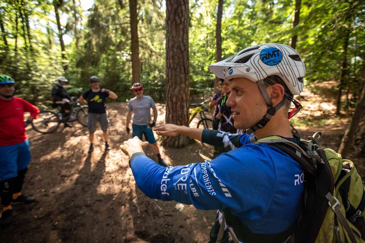 Experten Fahrtechnik Kurs in Hamburg - Harburger Berge Norden - Rock my Trail MTB und eBike Bikeschule