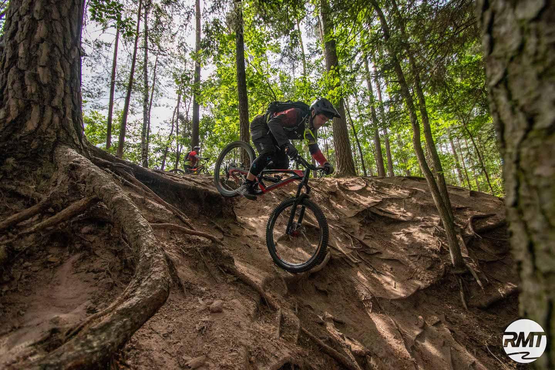 eMTB Fortgeschritten Fahrtechnik Kurs - Rock my Trail Bikeschule