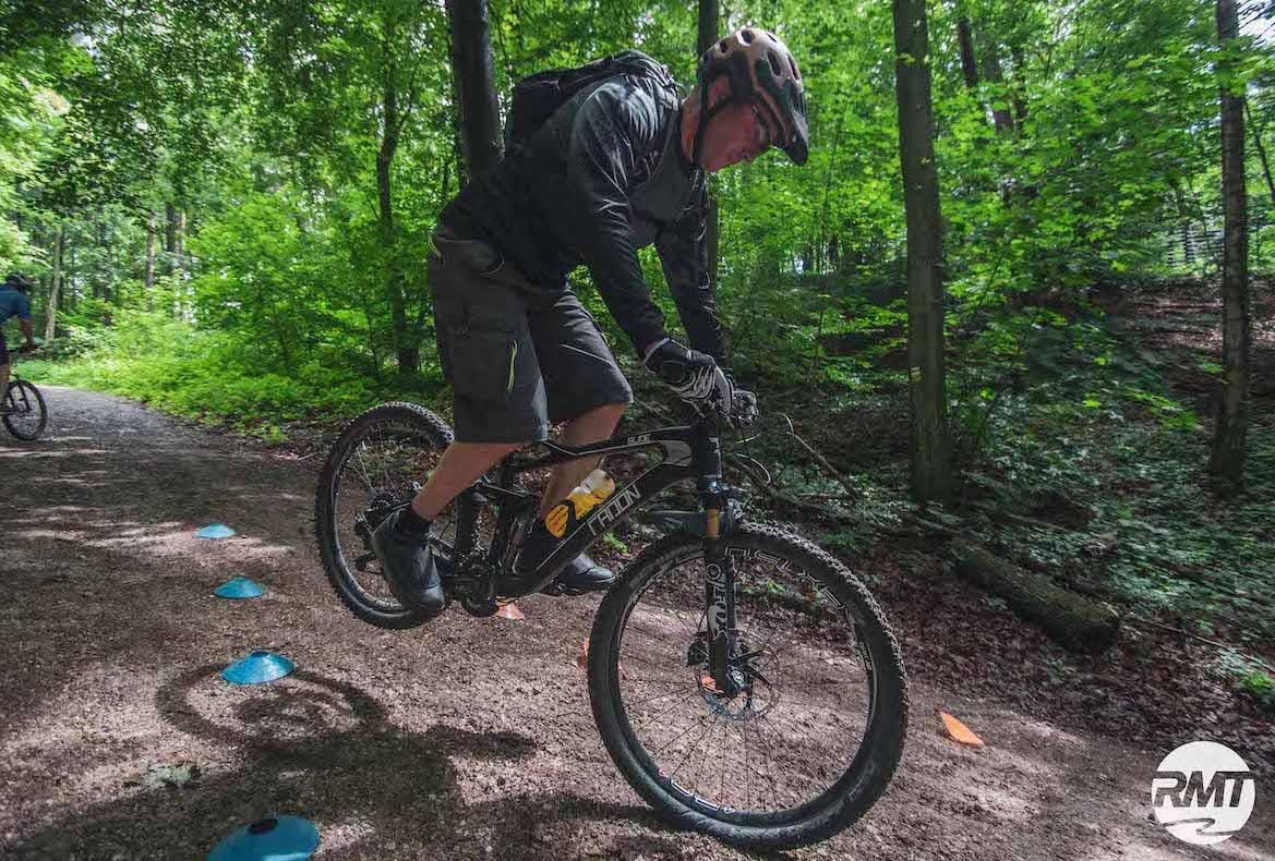 Experten Fahrtechnik Kurs in Stuttgart  Esslingen - Rock my Trail MTB und eBike Bikeschule