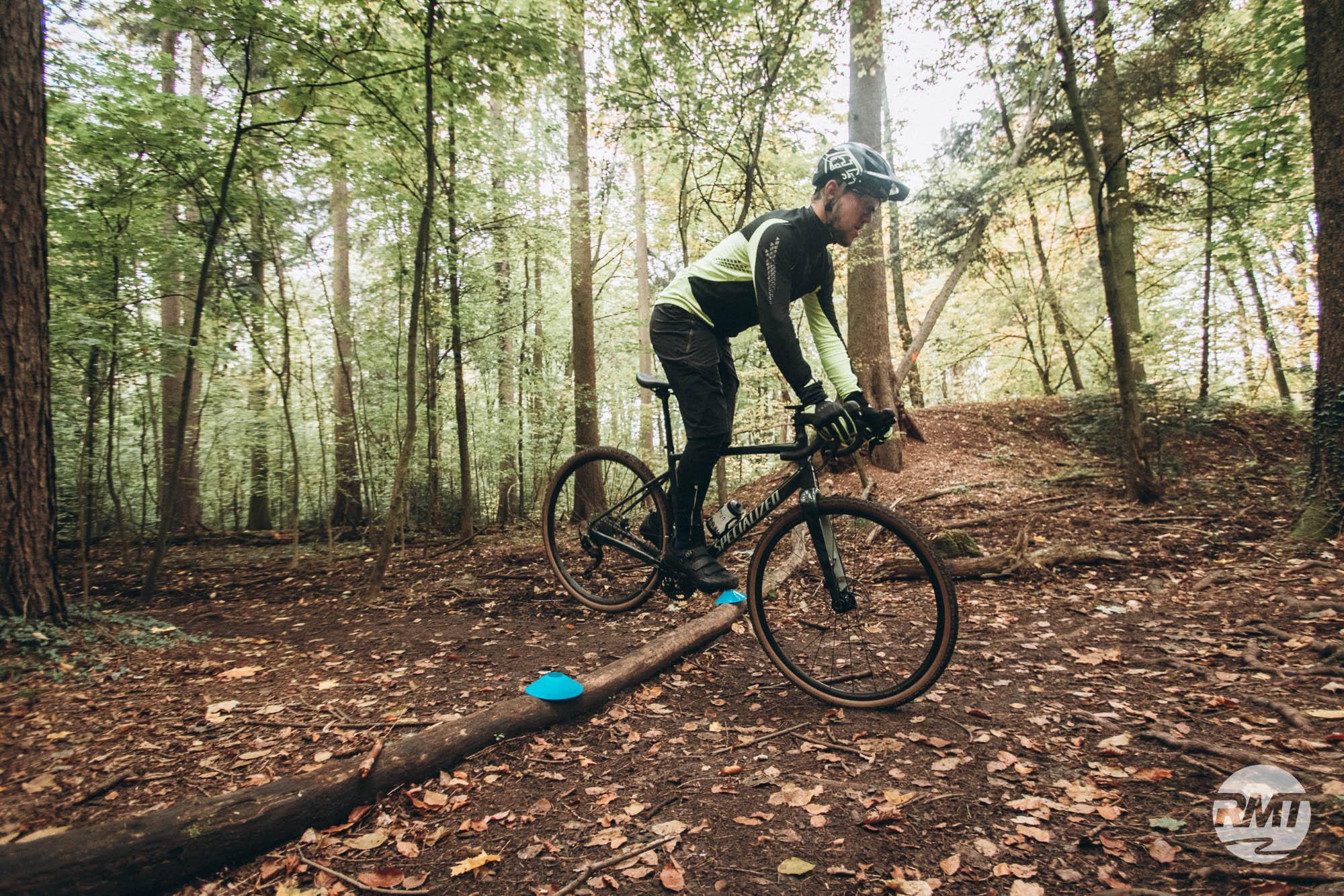 Gravel Fahrtechnik Basic Frankfurt | taunus Trails CycloCross Training Rock my Trail Bikeschule