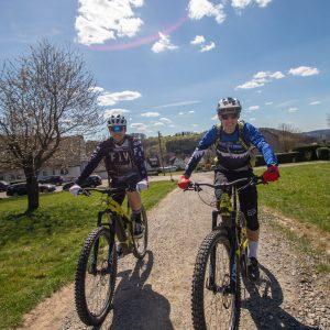 Gutschein eMountainbike Erlebnis Tag testen Geschenk eBike Fahren - Rock my Trail Bikeschule