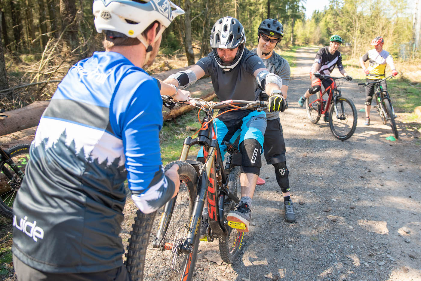 Gutschein für MTB Kurse Sprung - Fahrtechnik Training Rock my Trail -4