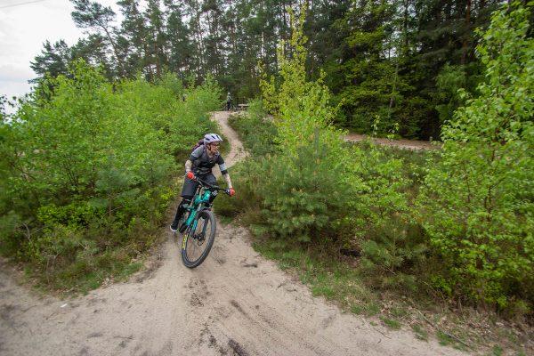 Gutschein für Mountainbike Frauen Kurse - Fahrtechnik MTB + eBike - Rock my Trail Bikeschule