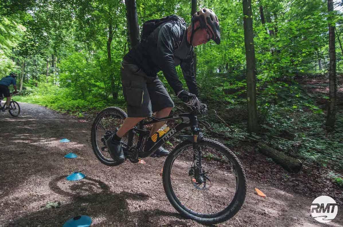 MTB Experten Fahrtechnik Kurs in Tübingen - Mountainbike Training - Rock my Trail