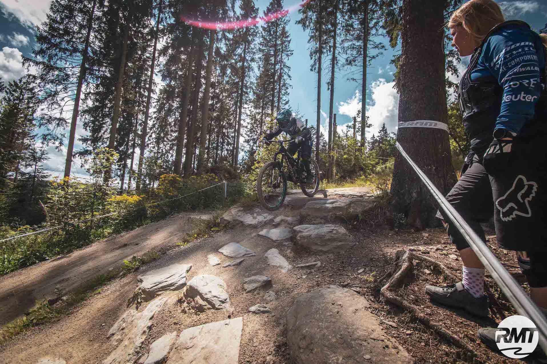 MTB Fahrtechnik Kinder Fortgeschritten Kurs im Bikepark Winterberg Training Rock my Trail Bikeschule