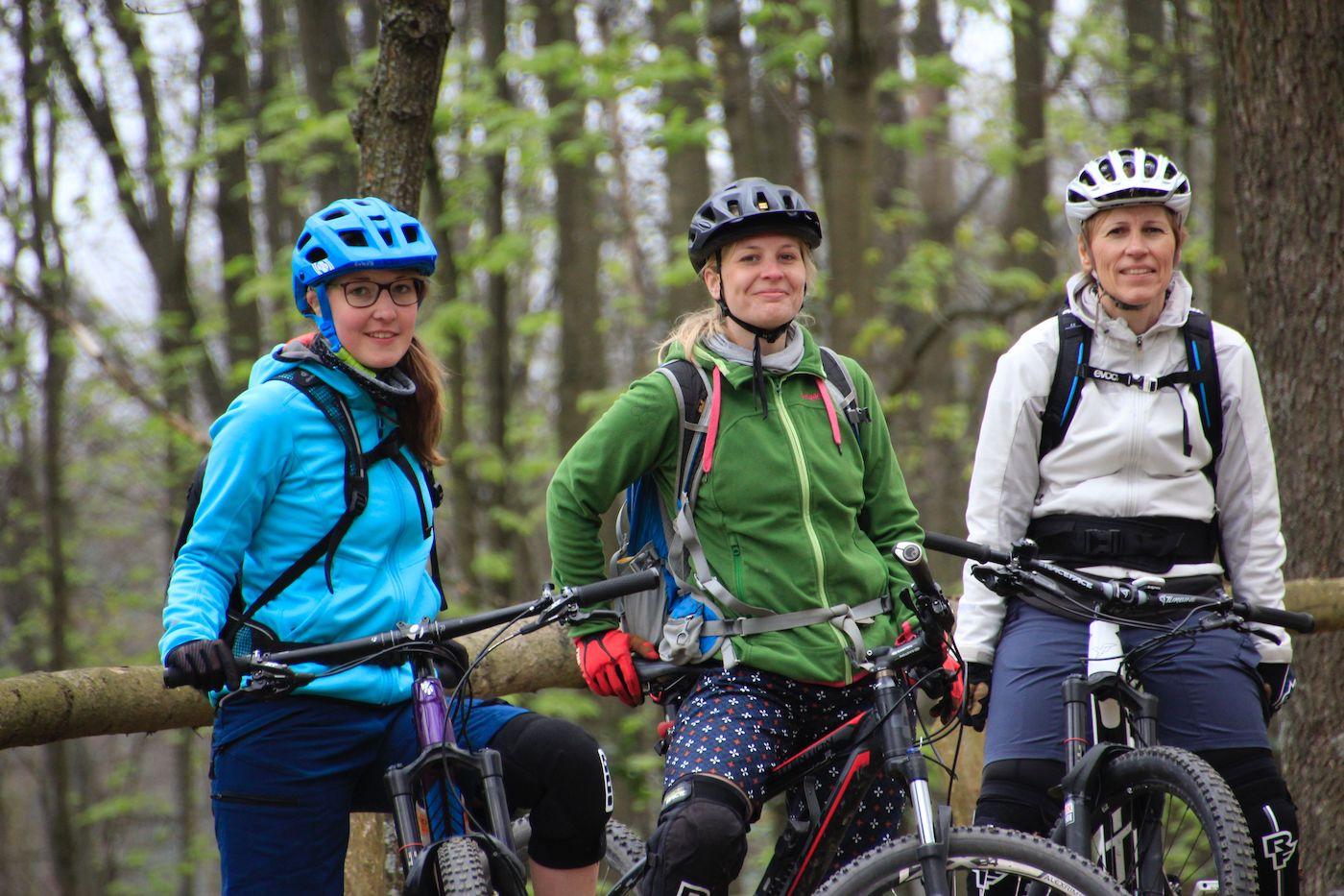 MTB Fahrtechnik Kurs Fortgeschrittene in Düsseldorf - Mountainbike Fortgeschritten - Rock my Trail Bikeschule