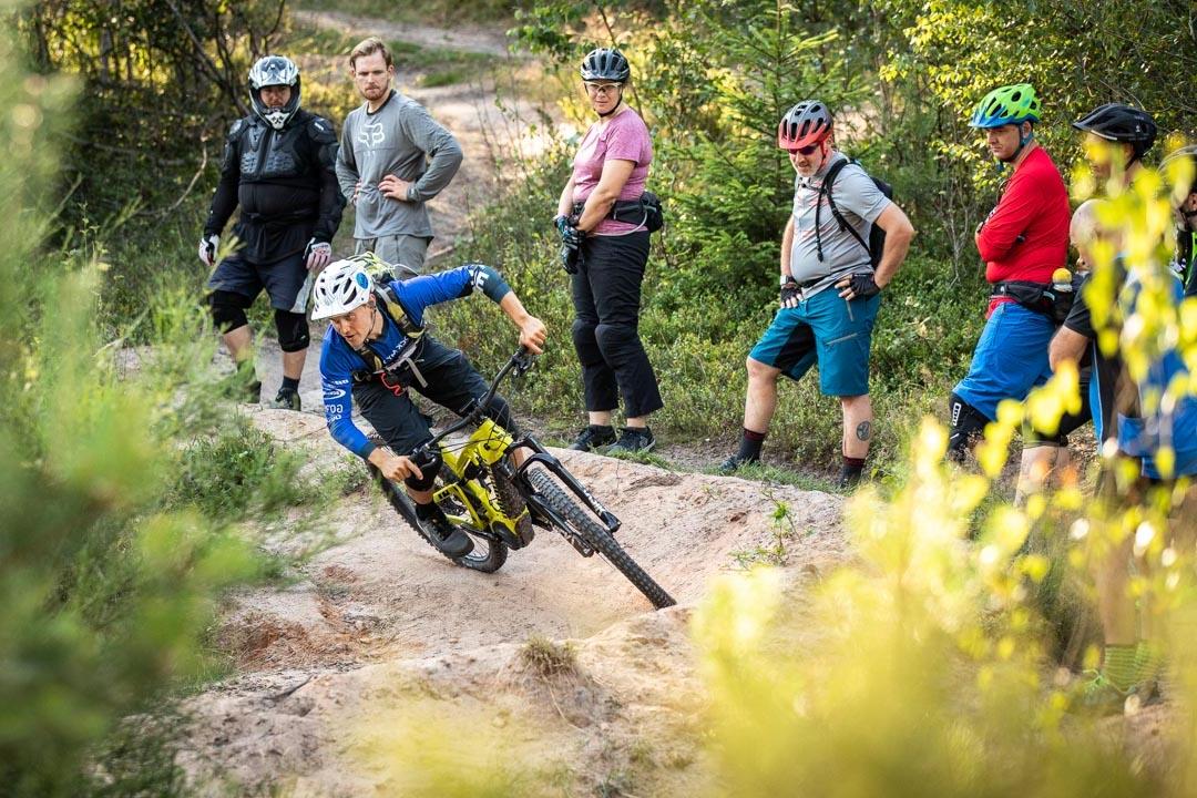 MTB Fahrtechnik Kurs Fortgeschrittene in Hamburg - Harburger Berge Norden - Mountainbike Fortgeschritten - Rock my Trail Bikeschule