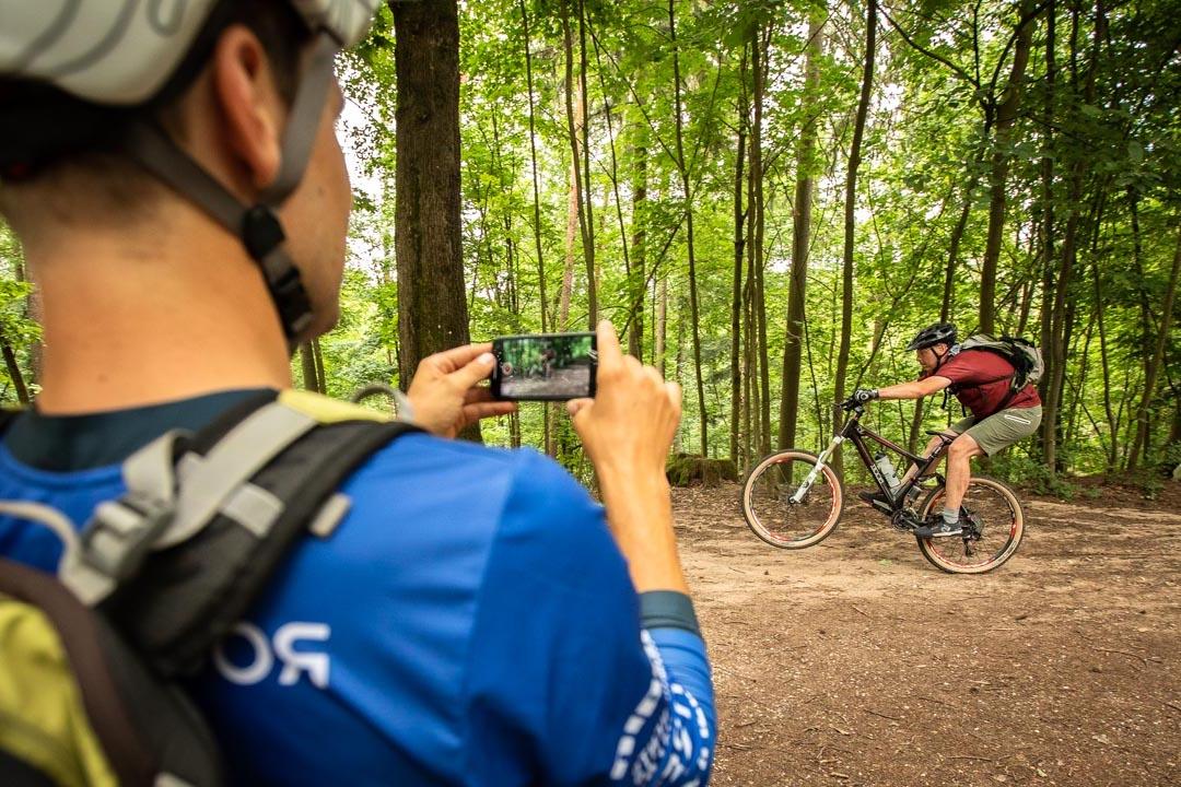 MTB Fahrtechnik Kurs Fortgeschrittene in Regensburg - Mountainbike Fortgeschritten - Rock my Trail Bikeschule