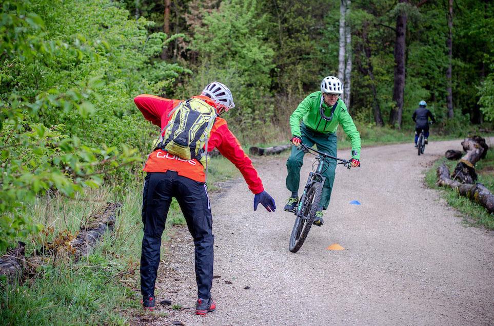MTB Fahrtechnik Kurs Fortgeschrittene in Pforzheim - Mountainbike Fortgeschritten - Rock my Trail Bikeschule