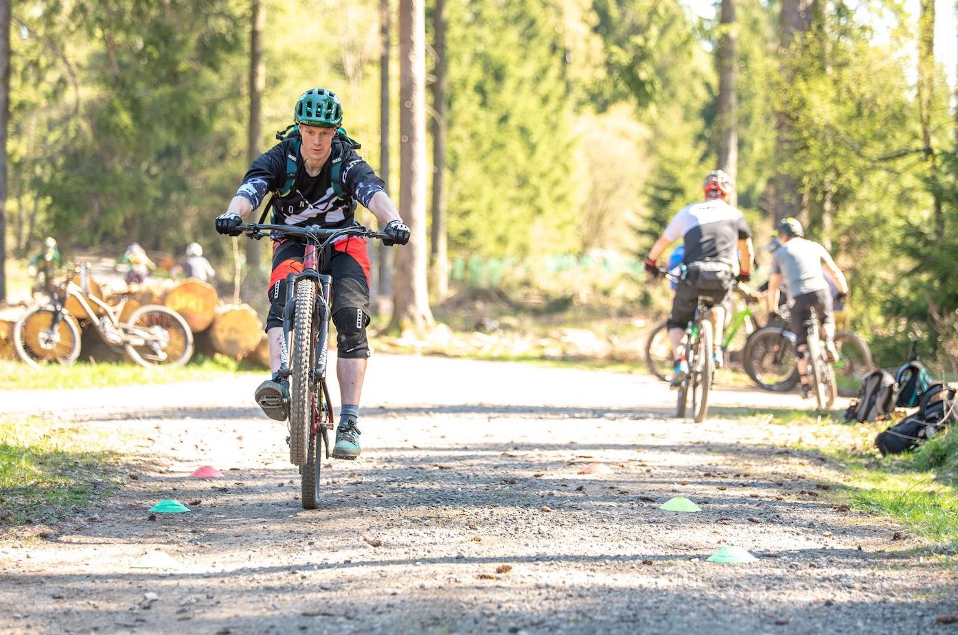 MTB Fahrtechnik Kurs Fortgeschrittene in Stuttgart  Esslingen - Mountainbike Fortgeschritten - Rock my Trail Bikeschule - 13