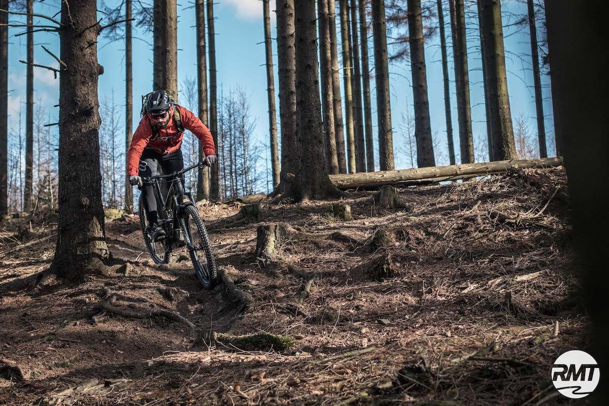 MTB Fahrtechnik Kurs Fortgeschrittene in Stuttgart  Esslingen - Mountainbike Fortgeschritten - Rock my Trail Bikeschule - 14