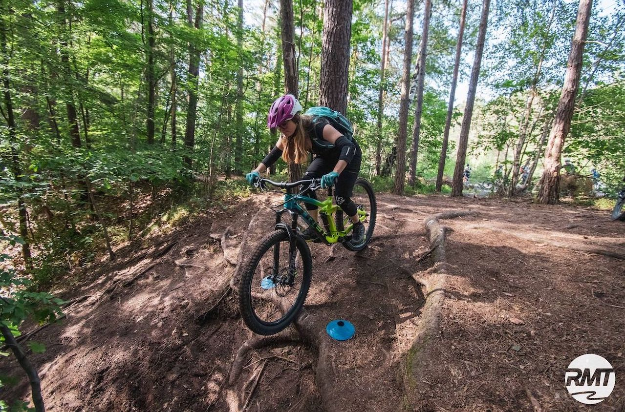 MTB Fahrtechnik Kurs Fortgeschrittene in Stuttgart  Esslingen - Mountainbike Fortgeschritten - Rock my Trail Bikeschule - 4