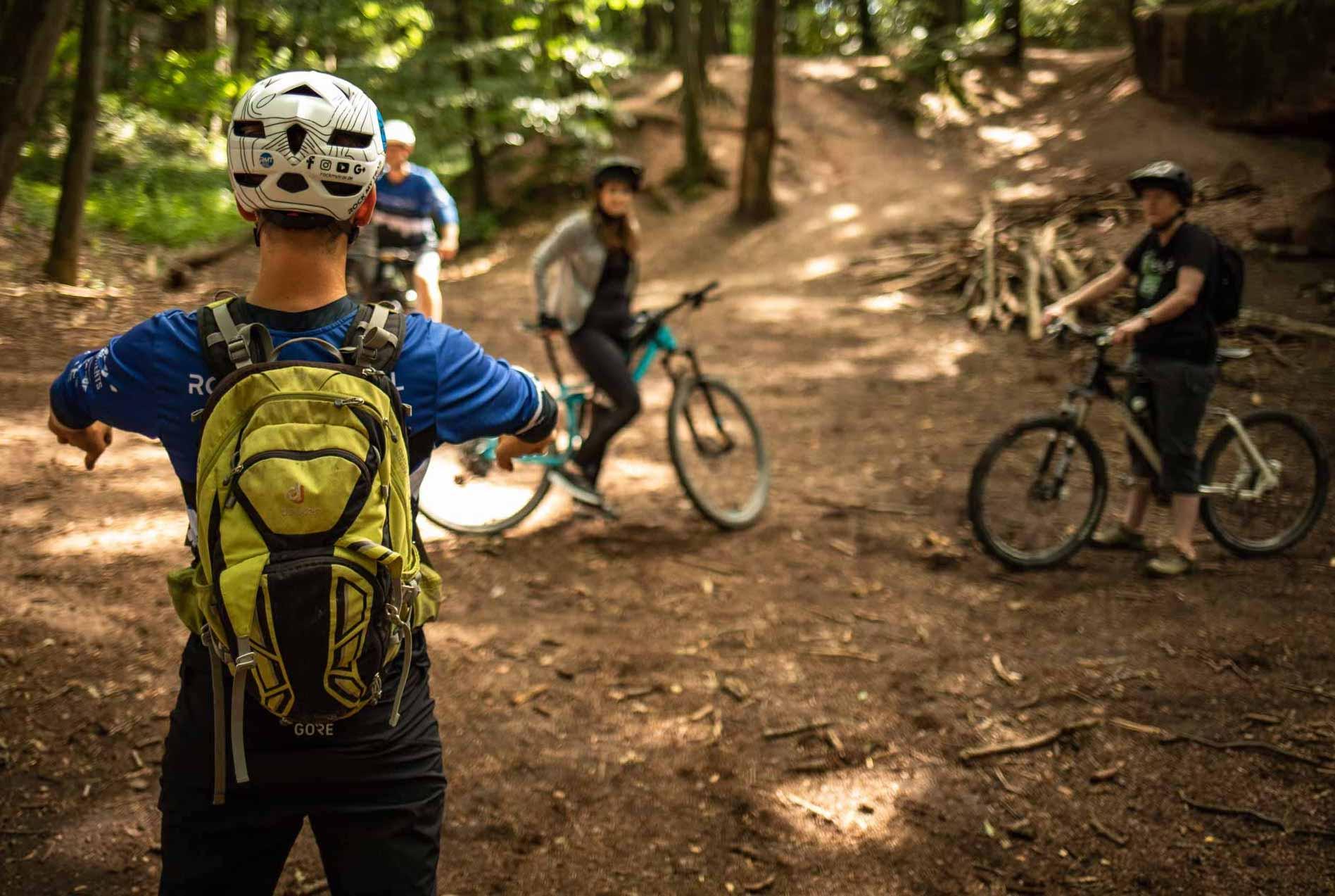 MTB Fahrtechnik Kurs für Einsteiger in Berlin - Hauptstadt- Mountainbike Basic - Rock my Trail Bikeschule GmbH