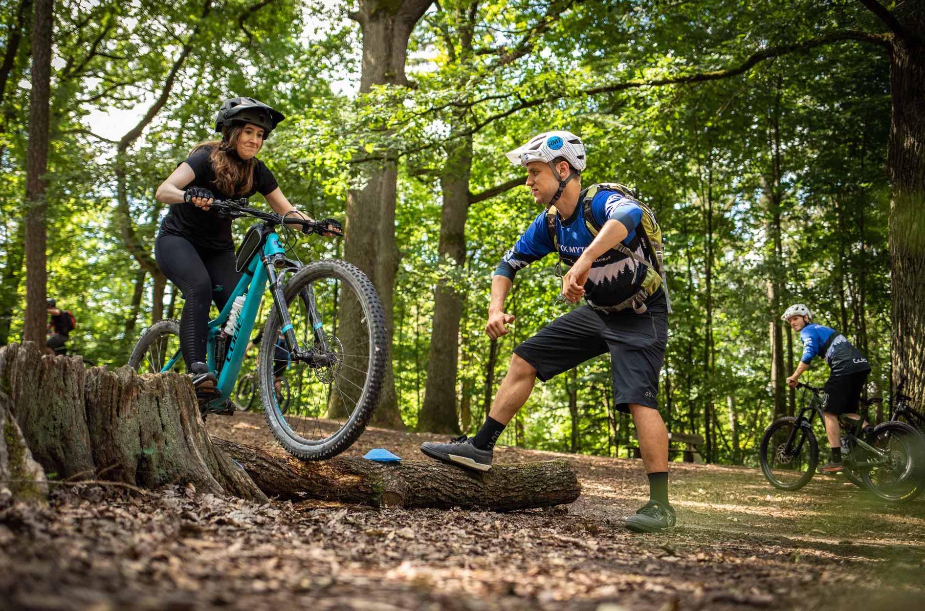 MTB Fahrtechnik Kurs für Einsteiger in Kassel - Mountainbike Basic - Rock my Trail Bikeschule