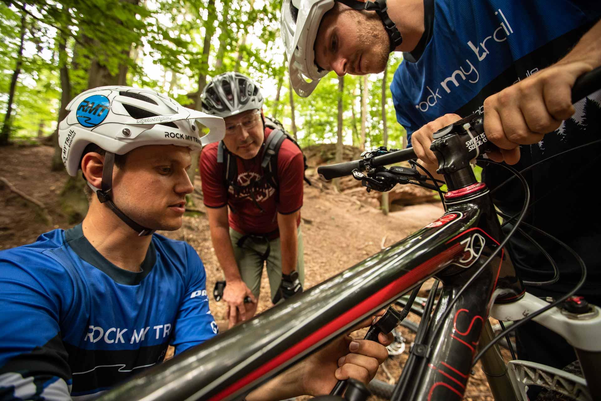 MTB Fahrtechnik Kurs für Einsteiger in Köln - Mountainbike Basic - Rock my Trail Bikeschule