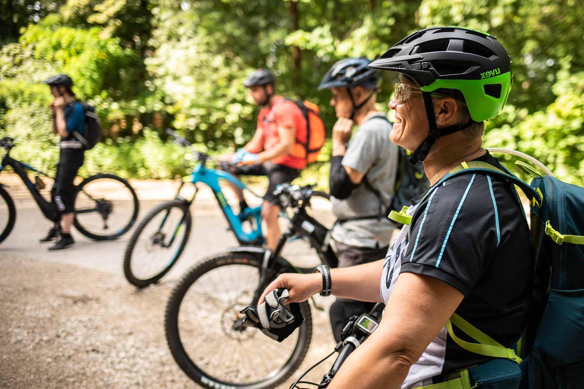 MTB Fahrtechnik Kurs für Einsteiger in Marburg - Biedenkopf Universitäts Stadt Hessen - Mountainbike Basic - Rock my Trail Bikeschule