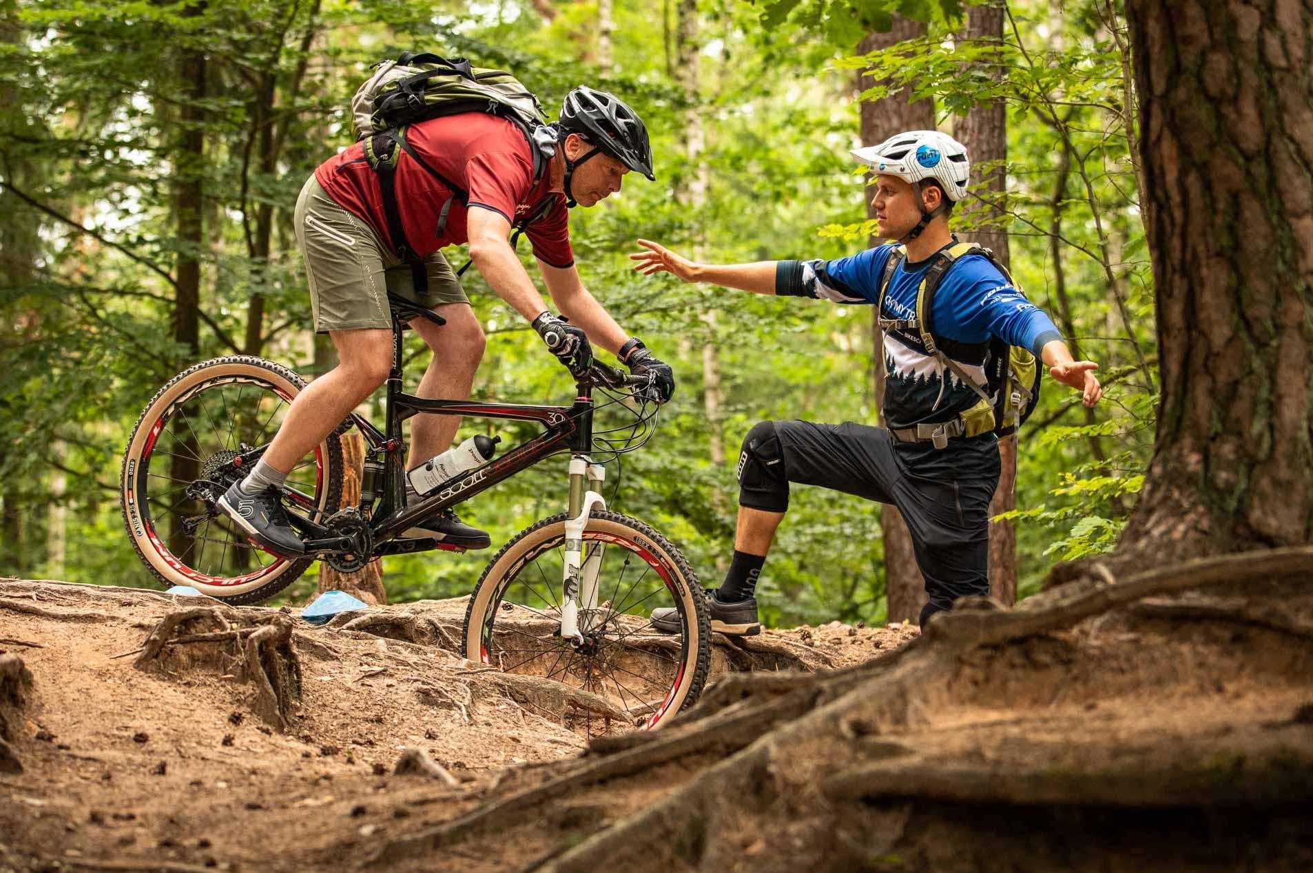 MTB Fahrtechnik Kurs für Einsteiger in Moers - Mountainbike Basic - Rock my Trail Bikeschule