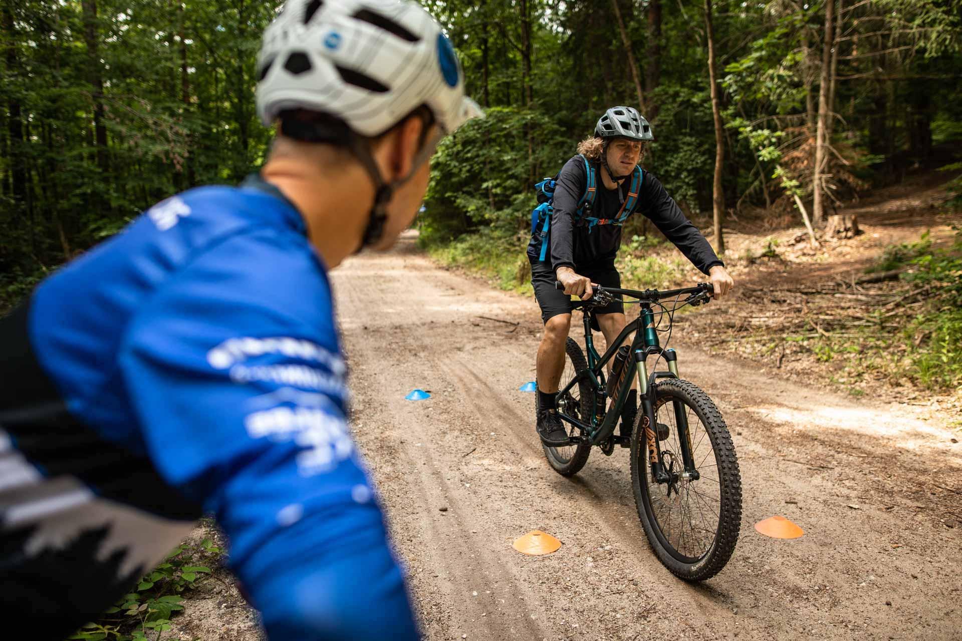 MTB Fahrtechnik Kurs für Einsteiger in Pforzheim - Mountainbike Basic - Rock my Trail Bikeschule