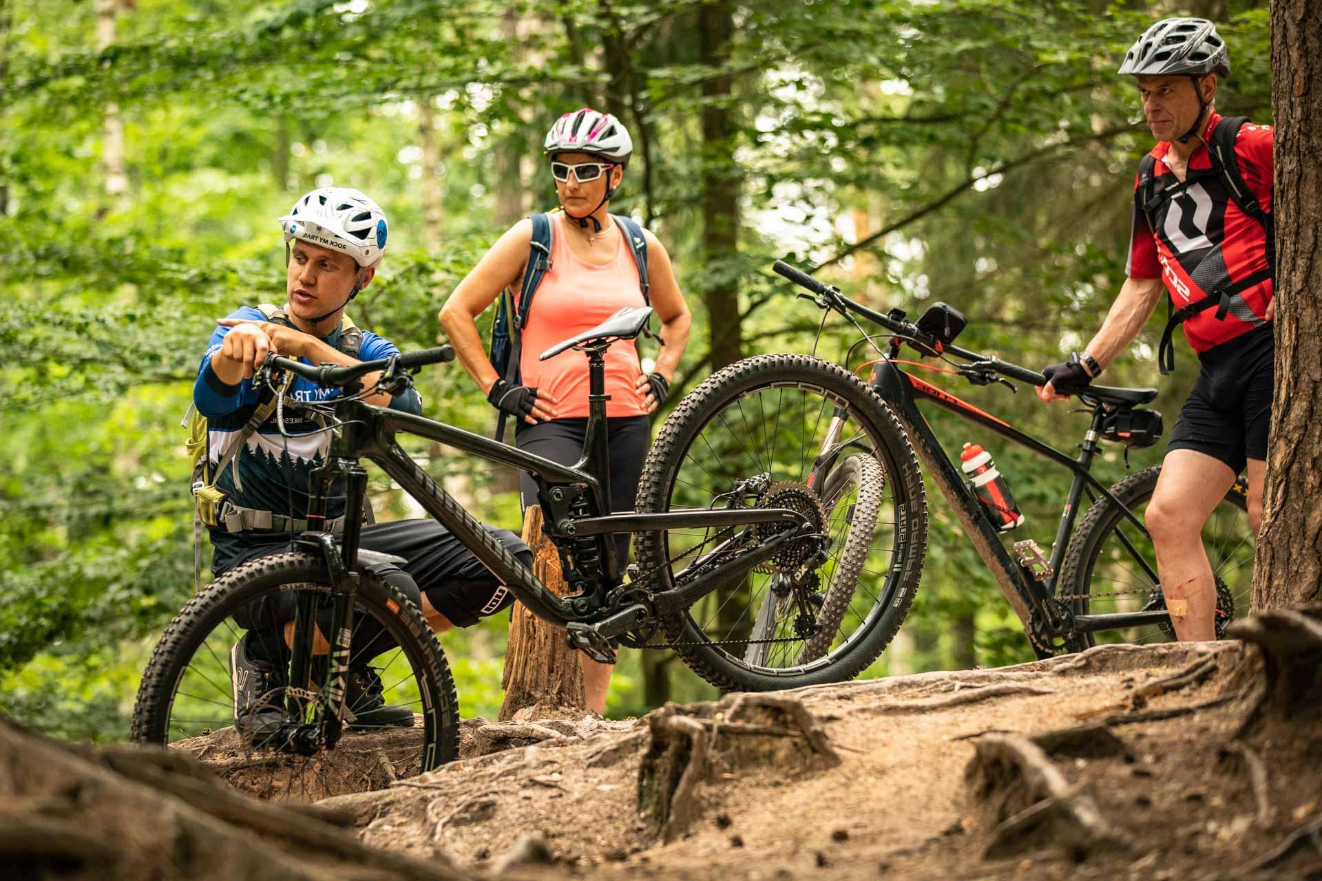 MTB Fahrtechnik Kurs für Einsteiger in Regensburg - Bayern - Mountainbike Basic - Rock my Trail Bikeschule