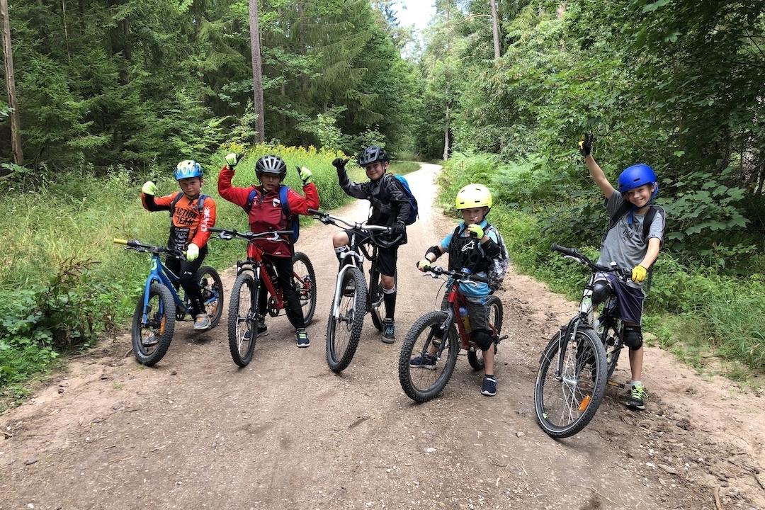 MTB Kinder Fortgeschritten Fahrtechnin Kurs Nürnberg - Rock my Trail Bikeschule 3