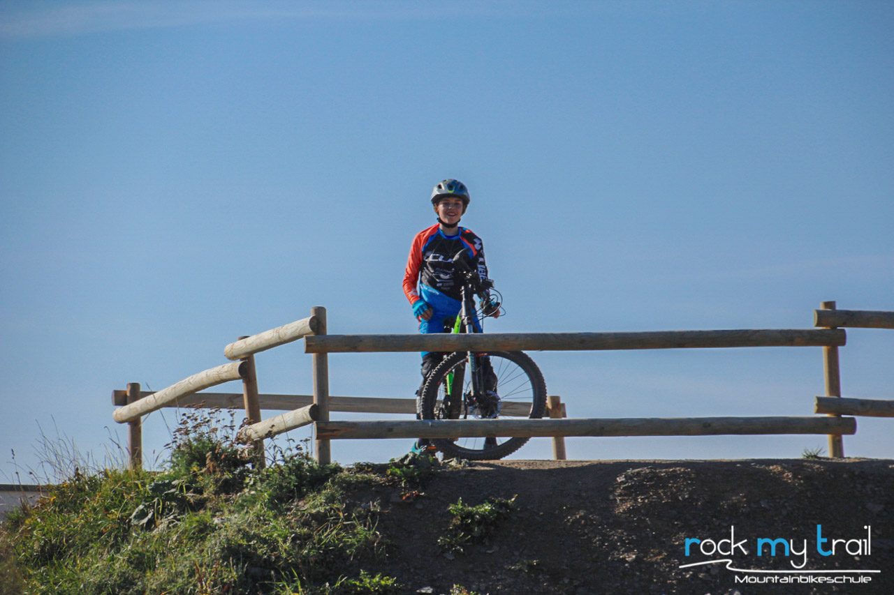 MTB Sprung & Drop Kurs im Bikepark Samerberg - Fahrtechnik Training Rock my Trail Bikeschule