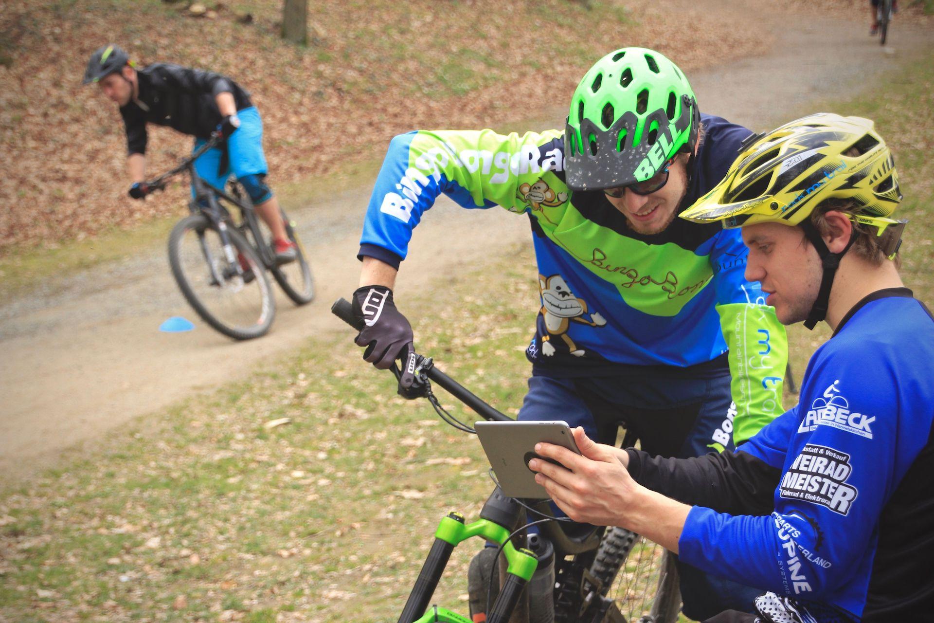 MTB eBike Fahrtechnik Kurse in Hessen Training Trails Einsteiger Fortgeschritten Experte Rock my Trail Bikeschule