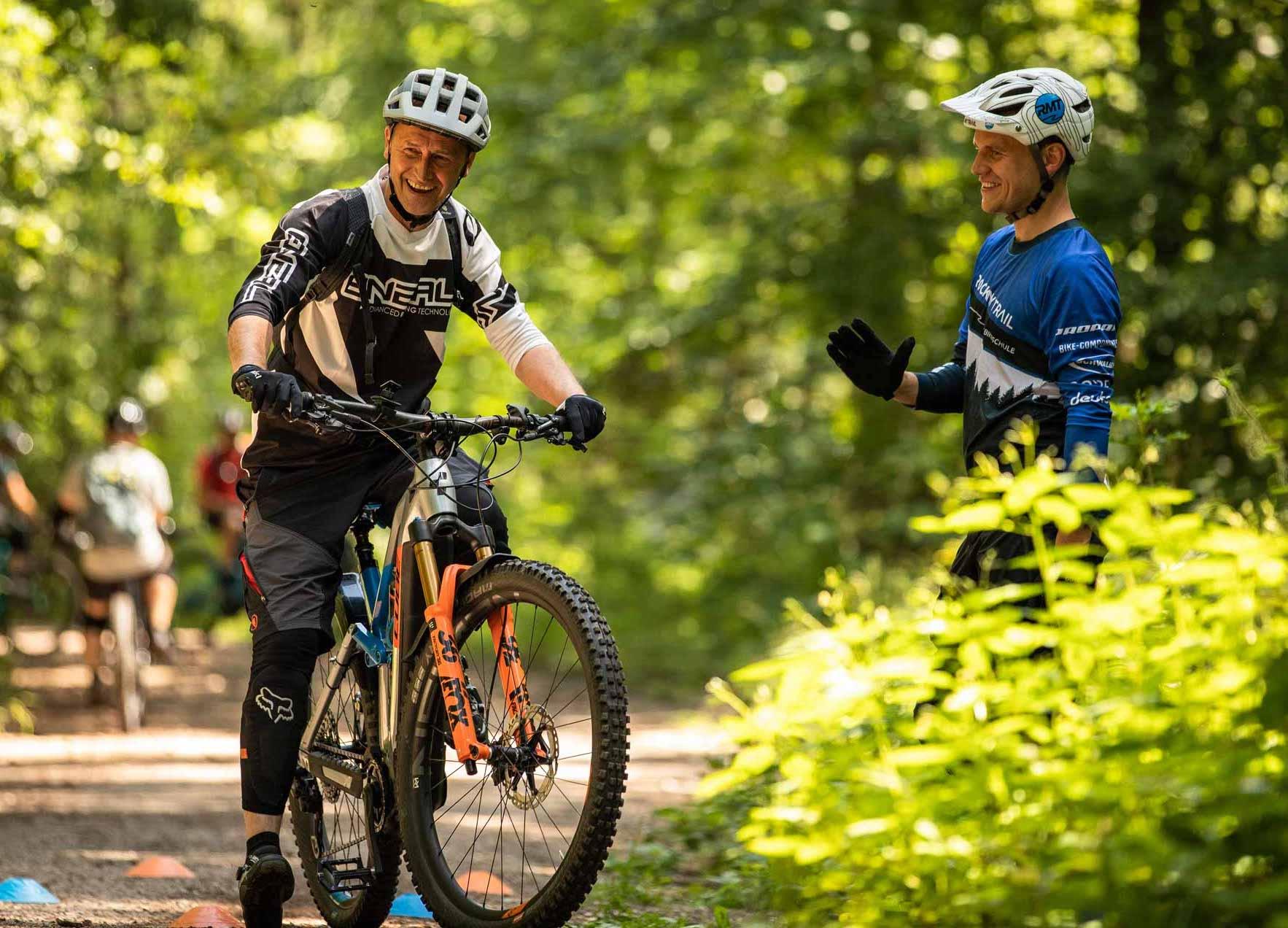 MTB eBike Fahrtechnik Kurse in Wiehl Gummersbach Oberberg Training Rock my Trail Bikeschule