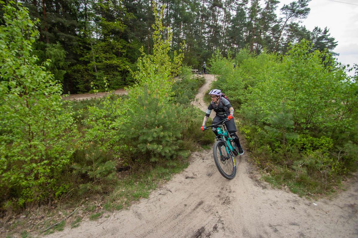 Mountainbike Frauen Kurs in Köln - Rock my Trail Fahrtechnik Bikeschule