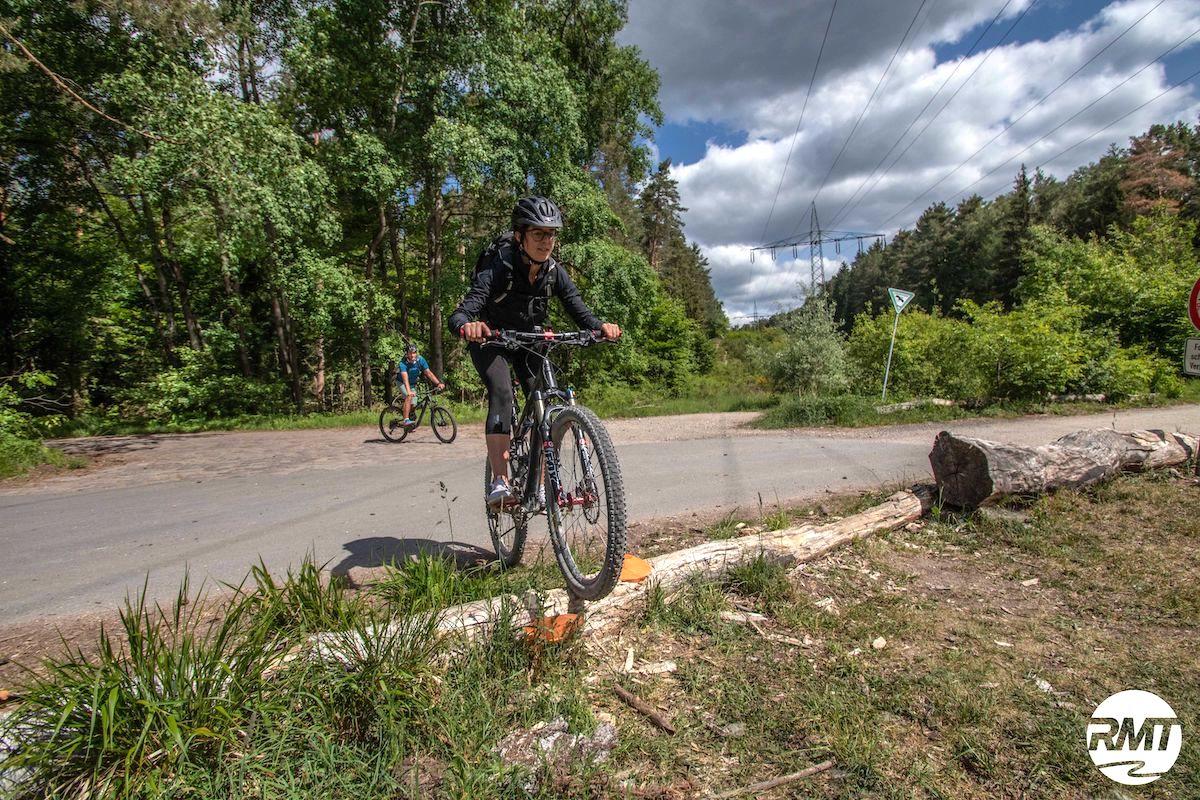 Mountainbike Frauen Kurs in Wiehl   Gummersbach - Rock my Trail Fahrtechnik Bikeschule