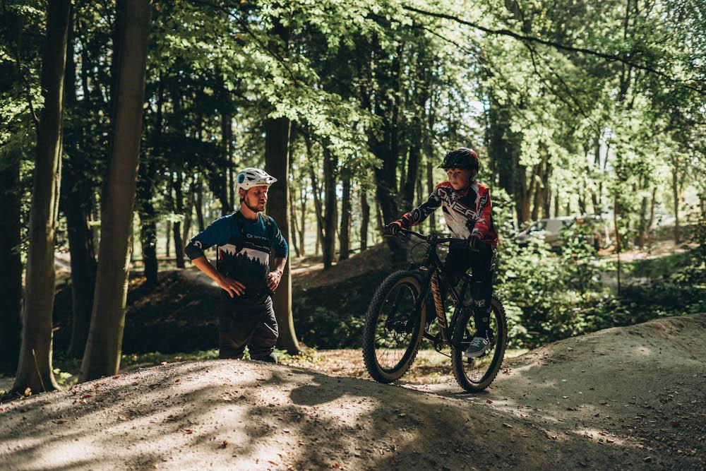 Mountainbike Kinder Kurs in Düsseldorf - 8-12 Jahre Kids - Rock my Trail Fahrtechnik Bikeschule