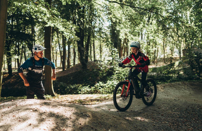 Mountainbike Kinder Kurs in Karlsruhe - 8-12 Jahre Kids - Rock my Trail Fahrtechnik Bikeschule