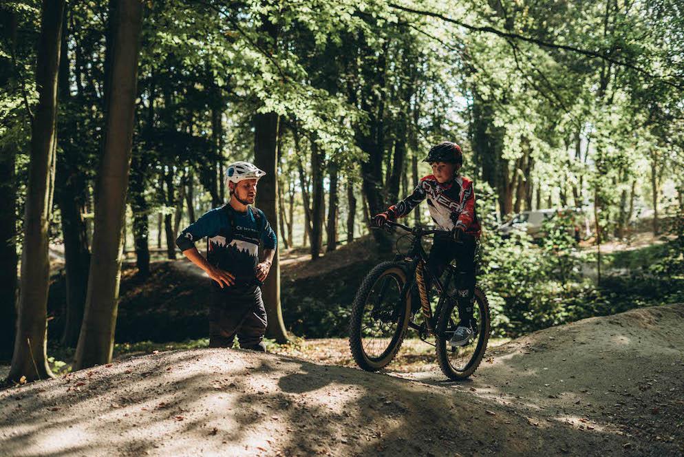 Mountainbike Kinder Kurs in Regensburg - 8-12 Jahre Kids - Rock my Trail Fahrtechnik Bikeschule